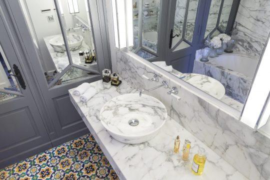 Bathroom - 798
